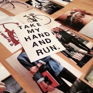 Take My Hand and Run Fashion Inspiration miaprimcasa.com