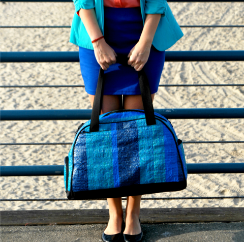 blue_bag_and_feet_fit_large