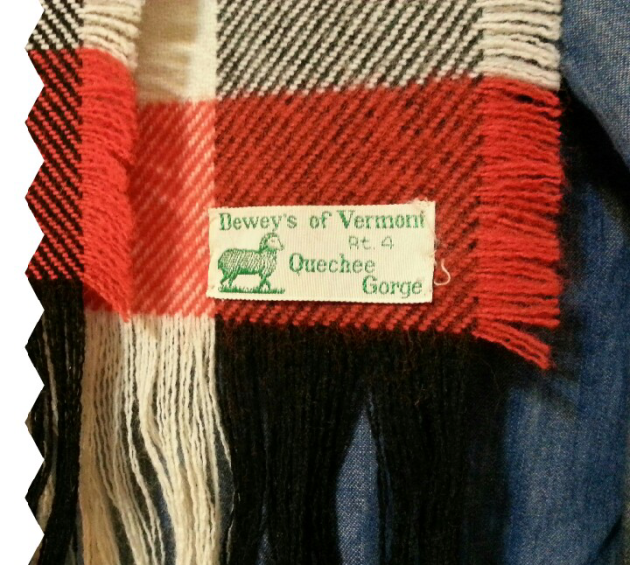 Vermont Vintage Wool Scarf on miaprimacasa.com