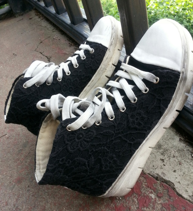 black eyelet platform high tops