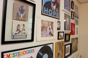eclectic bedroom gallery wall