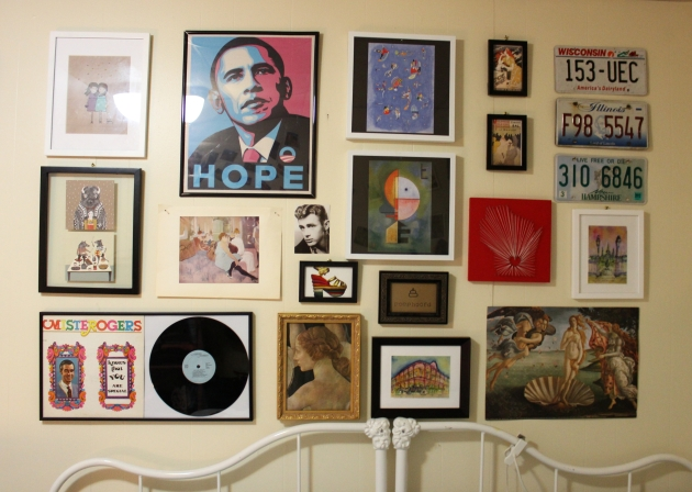 eclectic bedroom gallery wall