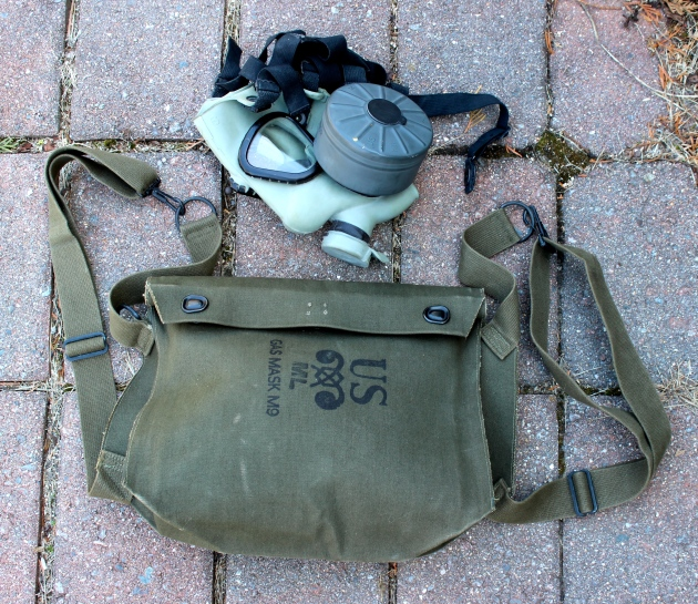 The rubber lining of this gas mask bag will make it a perfect camera bag.