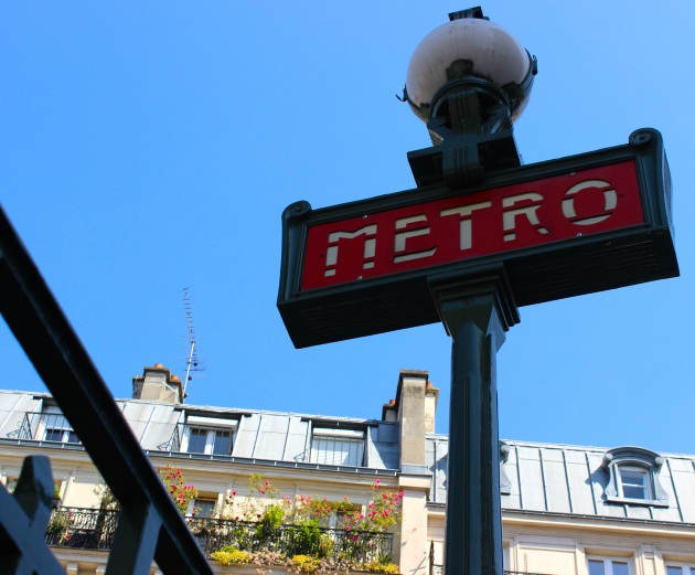 Paris France Metro #100DaysofMiaPrima