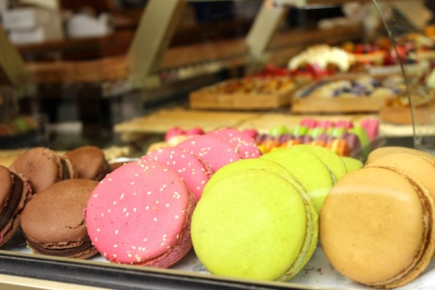 Macaroons in Paris #100DaysofMiaPrima