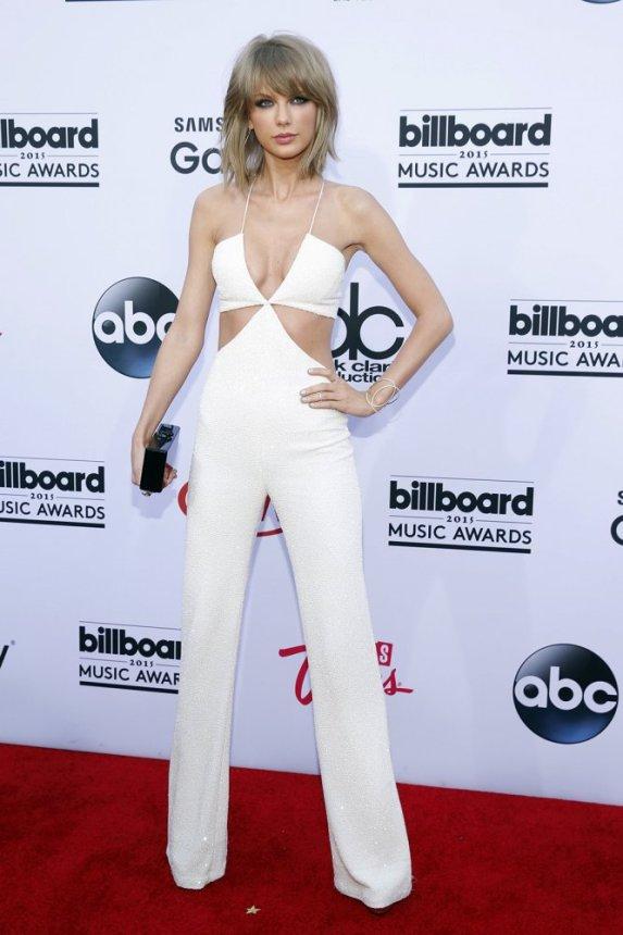 Taylor Swift Jumpsuit #100DaysofMiaPrima