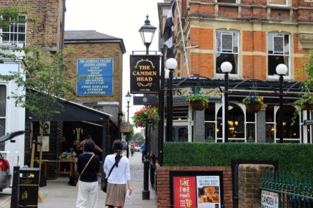 London England Pub #100DaysofMiaPrima