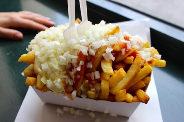 Frites with Curry Sauce in Antwerp, Belgium #100DaysofMiaPrima